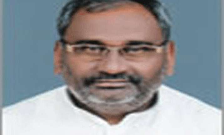 bihar polls jd u minister quits and joins bjp in bihar