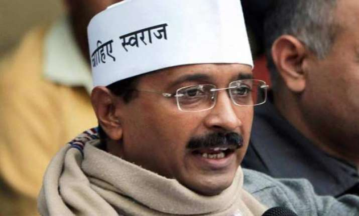 arvind kejriwal meets rajnath seeks better security for