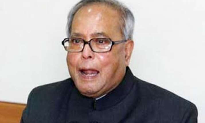pranab apologises to lok sabha for losing temper