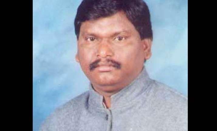 munda sees conspiracy behind mns attack on hindi language