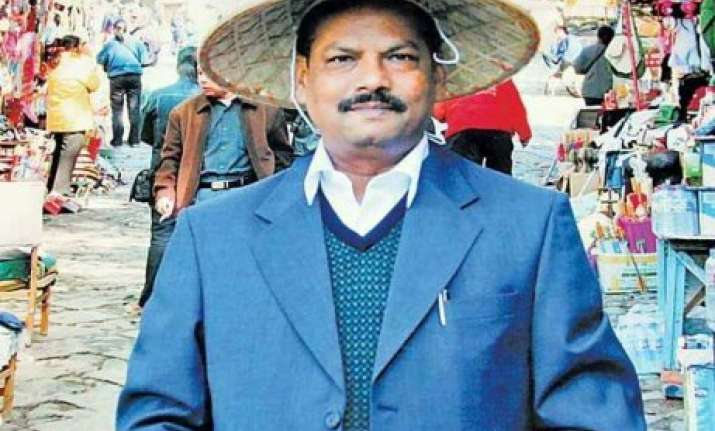 know raghubar das the first non tribal chief minister of