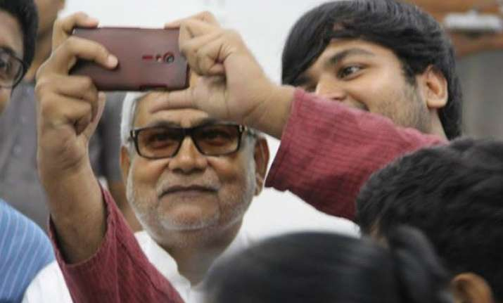once shy nitish kumar takes to social media with zeal