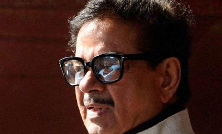 bihar polls don t take lalu nitish alliance lightly warns