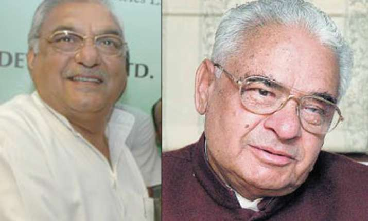 seven independents support cong to form govt in haryana
