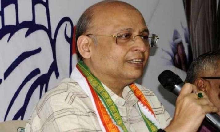 delhi polls modi govt only has promises aap a failed