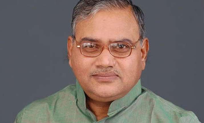 former jd u minister bhim singh joins bjp in bihar