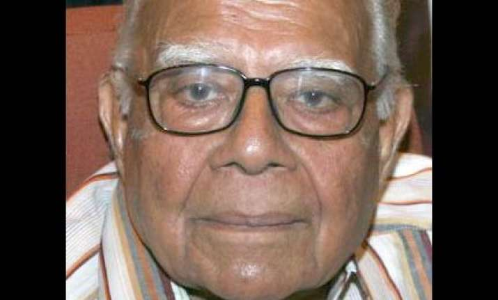 jethmalani praises krishna on pillai issue as bjp members