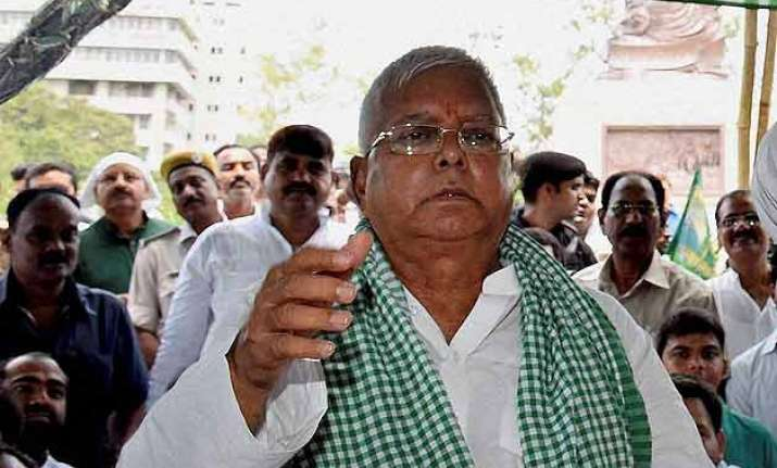 lalu fasts for caste census data release calls modi kaliya