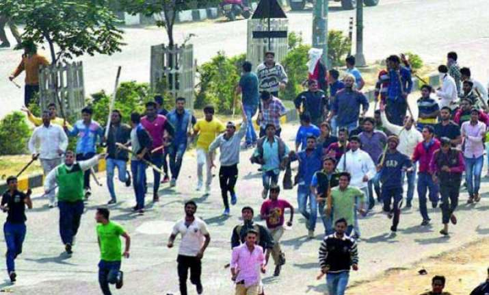 know the reasons behind violent jat agitation in haryana