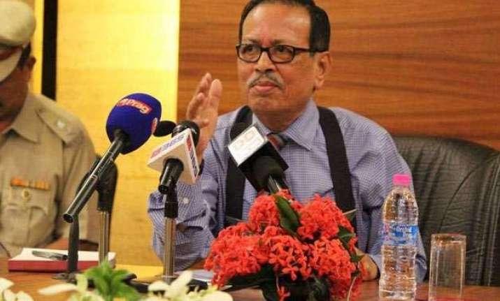 arunachal government officials indulging in politics