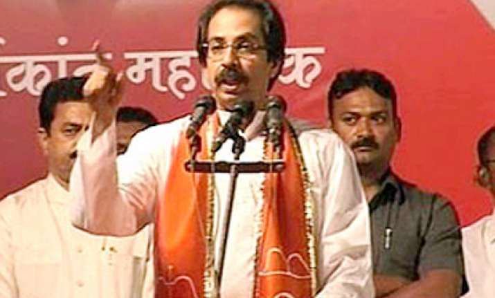 sena not vanquished says thackeray s son