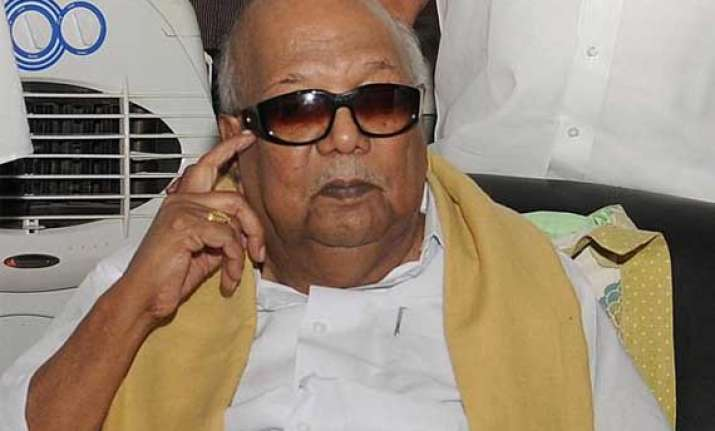 dmk hits out at bhavani singh for flip flops
