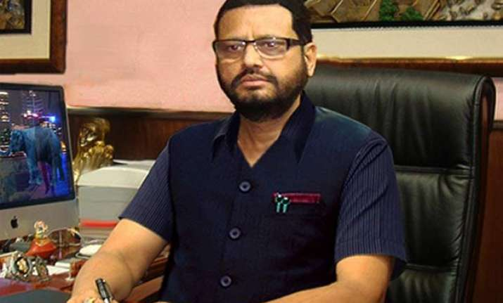 former union minister matang sinh arrested in saradha scam