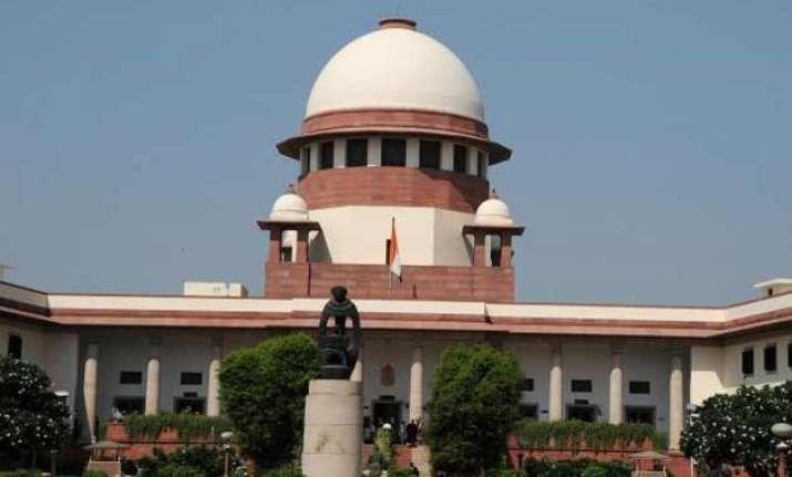kejriwal vs centre supreme court issues notice to kejriwal