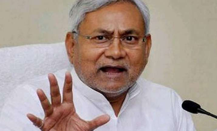 nitish accuses centre of double standard on sugar mills