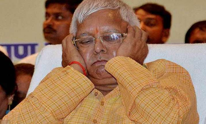 lalu denounces pm s rs 1.25 lakh crore special package
