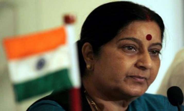 sushma swaraj supervises pravasi bharatiya divas