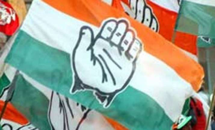 congress frowns at write up on nehru in rss journal