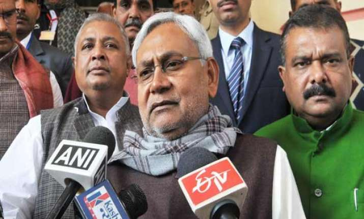 nitish kumar smells conspiracy in azizpur violence