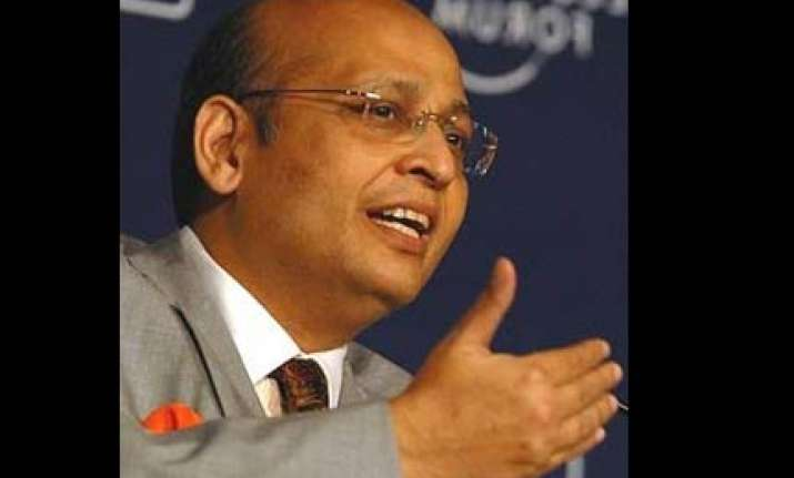 cong plays bystander as pawar battles ipl controversy