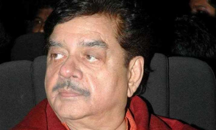 bjp missing l k advani s active participation shatrughan