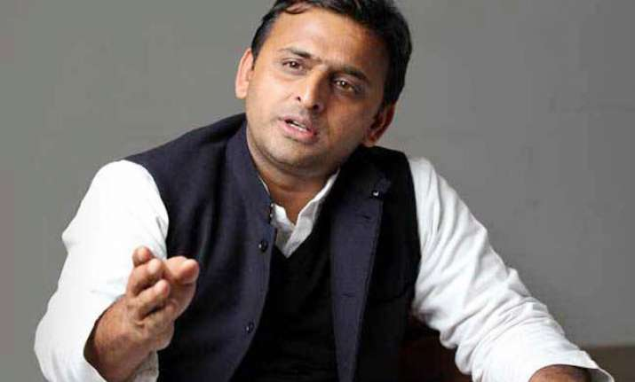 nothing wrong in mulayam scolding ips officer akhilesh yadav