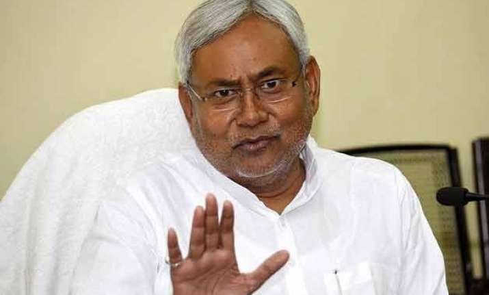 nitish kumar keeps election promise approves 35 job