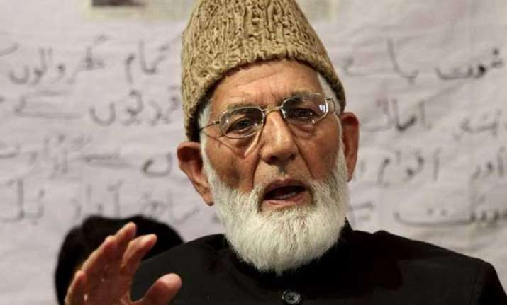 geelani asks kashmiri muslims to stop pdp from joining