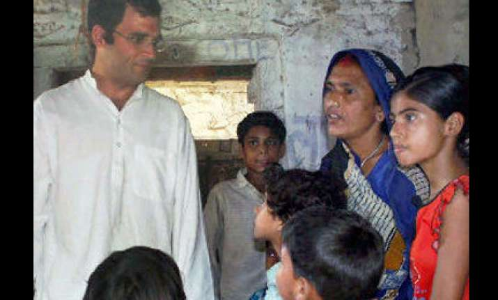 jmm questions rahul gandhi s commitment for the poor
