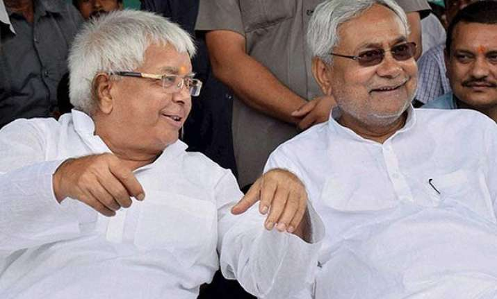 lalu yadav nitish kumar launches counter offensive against