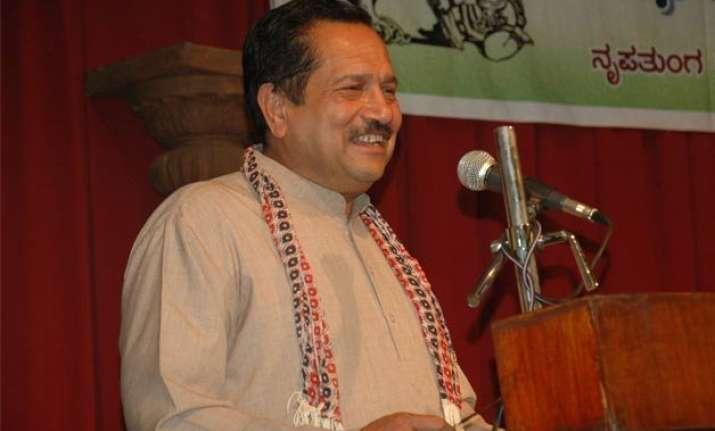government should deport kashmiri separatists to pakistan