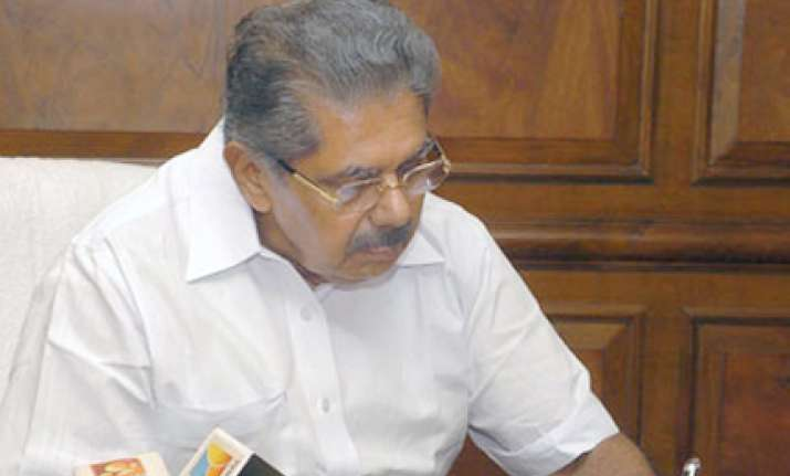 ec asks vayalar ravi to pay for govt facilities