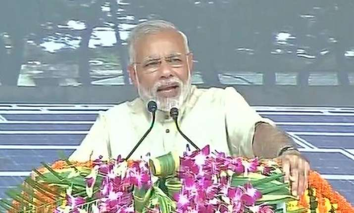 jharkhand can show the path to clean environment pm modi