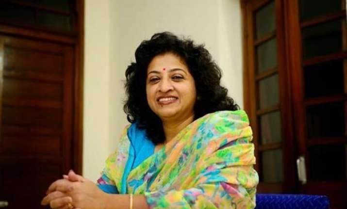 vishwas row congress says aap apathetic insensitive towards