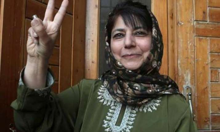 mehbooba mufti to meet j k guv today bjp pdp alliance likely