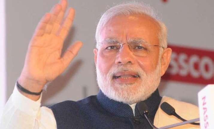 highlight govt s achievement in last 1 year modi tells bjp