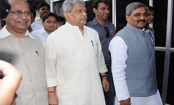 bjp to focus on unorganised sectors voters for delhi polls