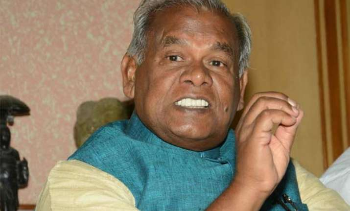 jitan ram manjhi sits on protest fast against annulment of