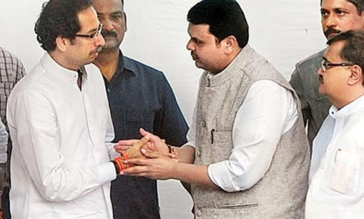 shiv sena may join fadnavis cabinet expansion planned for