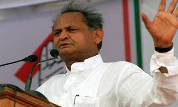 gehlot hits out at raje govt over oil refinery jaipur metro