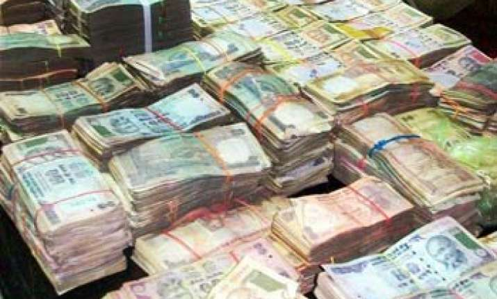 bjp hits back at congress over blackmoney issue
