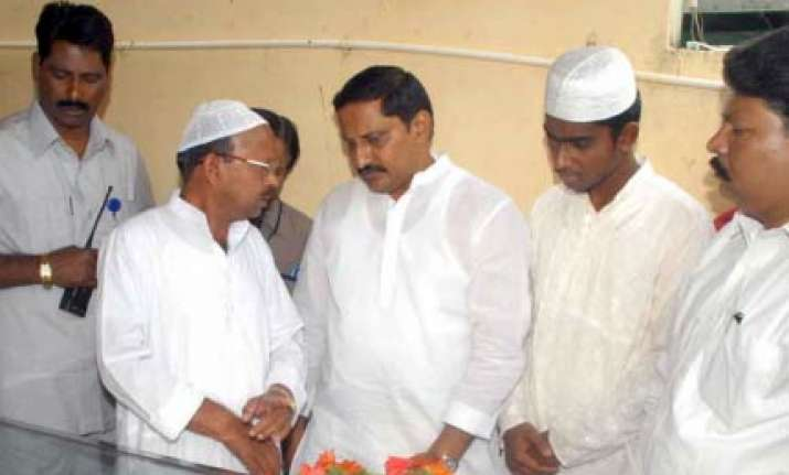 kumar reddy to be new andhra cm after rosaiah resigns