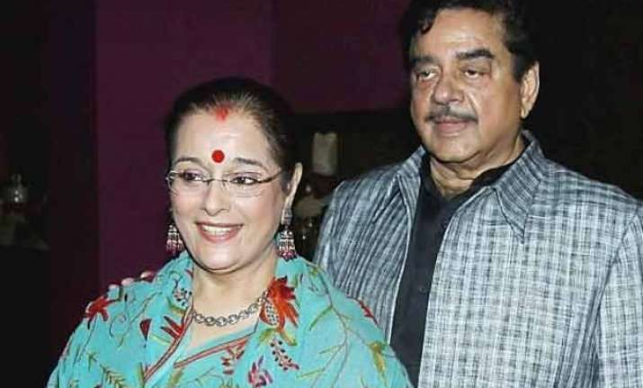 bjp mp shatrughan sinha s wife may contest on jd u ticket