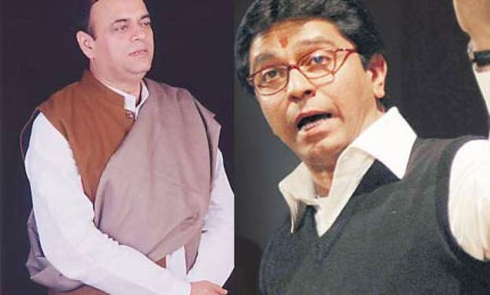 azmi ready for tv debate with raj in marathi