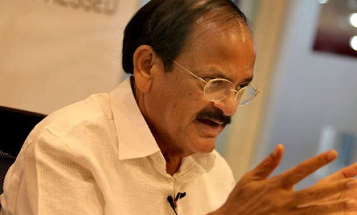 congress questions timing of gk pillai s ishrat jahan