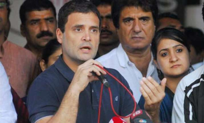 ftii row govt blames rahul gandhi for politicising protests