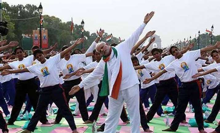 over 32 crore spent on international yoga day government