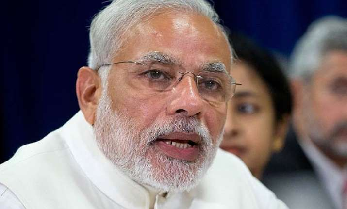 shiv sena reminds pm modi of godhra bjp to discuss ties
