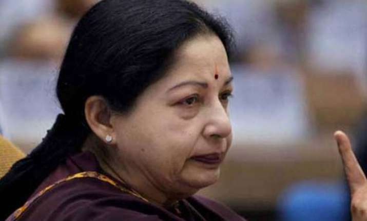 aiadmk worker dies after hearing jayalalitha is not