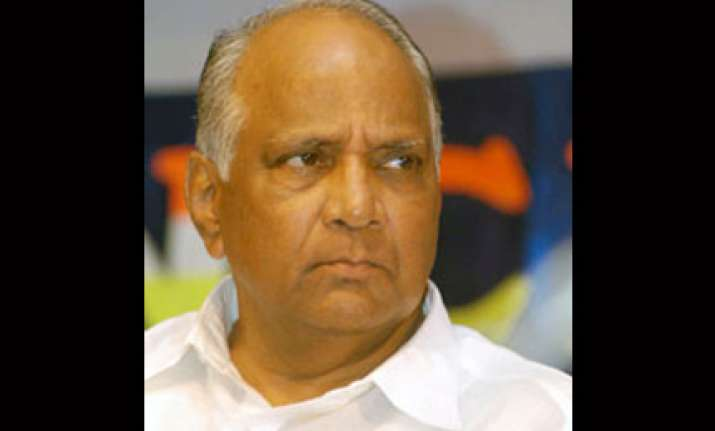pawar steers clear of demand for cm s post